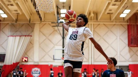 Jalen Green, one of the top recruits in the nation, will