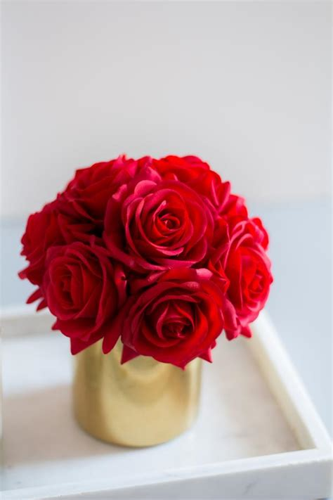 1pc Red Real Touch Rose Roses Silk Flower Arrangement (in