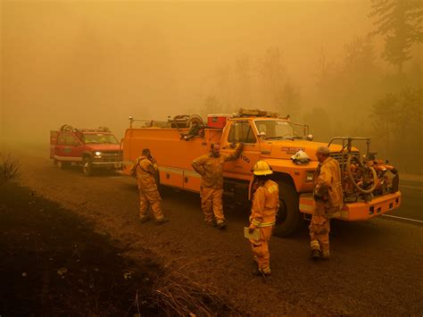 Oregon's fire marshal resigned as wildfires rage near