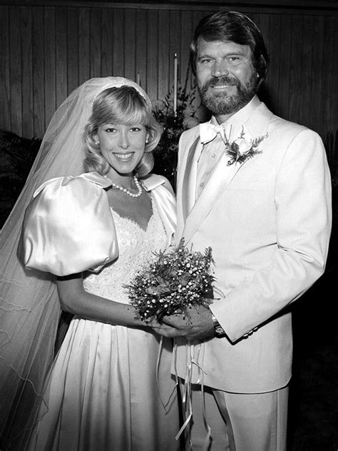 Sarah Barg, Ex-Wife of Glen Campbell!! Know About Her
