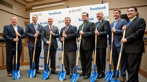 Facebook intends to build data center in Omaha suburb