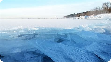 Waves Of Ice On Lake Superior | INCREDIBLE Pile Up - YouTube