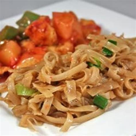 Quick Chinese-Style Vermicelli (Rice Noodles) - Yum Taste